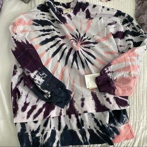 NWT electric and rose top